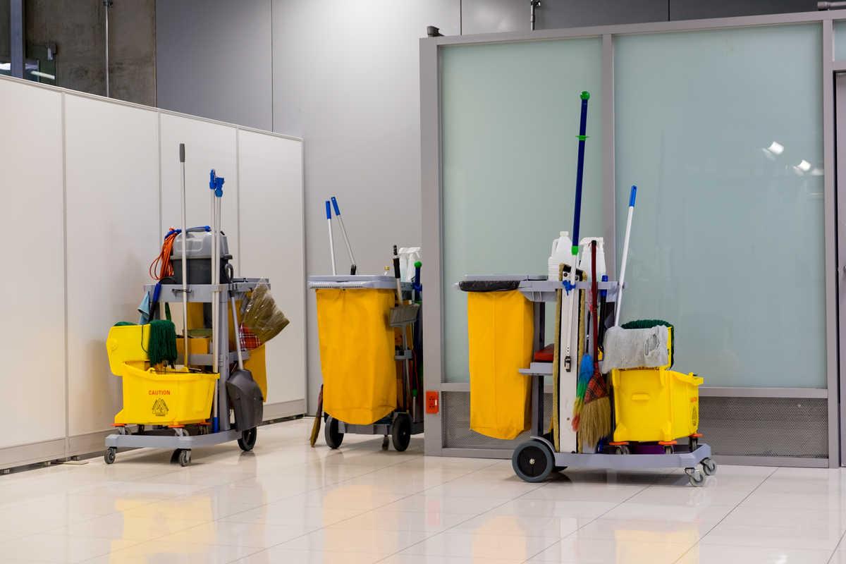 Cărucioare de curățenie - Arli Co