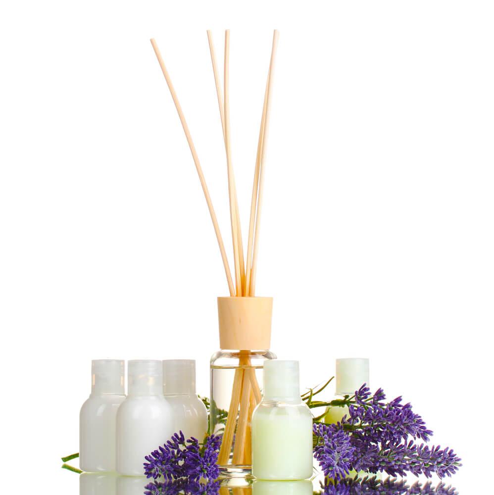 Cele mai bune odorizante de cameră: Cu ce se deosebesc de parfumuri? - Arli Co