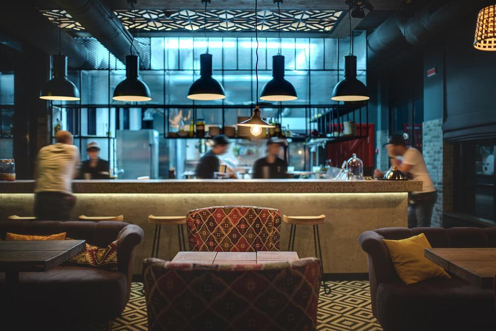 Tipuri de restaurante - Bar - Arli Co