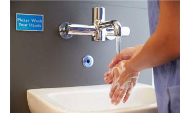 Spălarea corectă a mâinilor este poarta către o sănătate de fier - Află ACUM ce trebuie să pui în orice baie